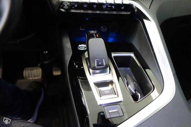Peugeot 5008 17