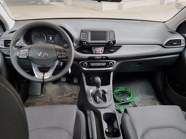 Hyundai I30 Hatchback 4