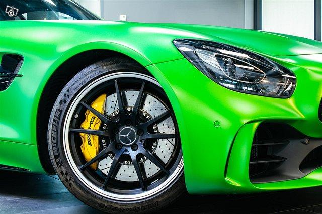 Mercedes-AMG AMG GT R 8
