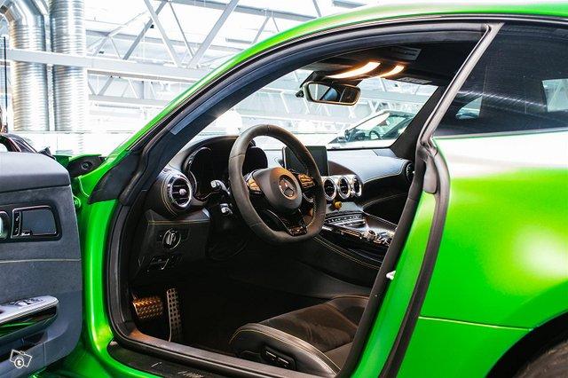 Mercedes-AMG AMG GT R 9