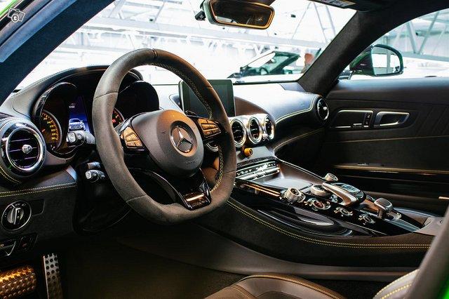 Mercedes-AMG AMG GT R 12