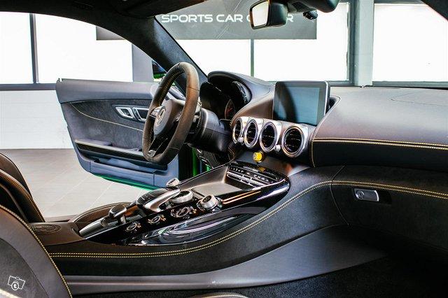 Mercedes-AMG AMG GT R 13