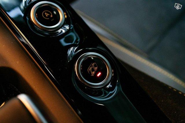 Mercedes-AMG AMG GT R 22