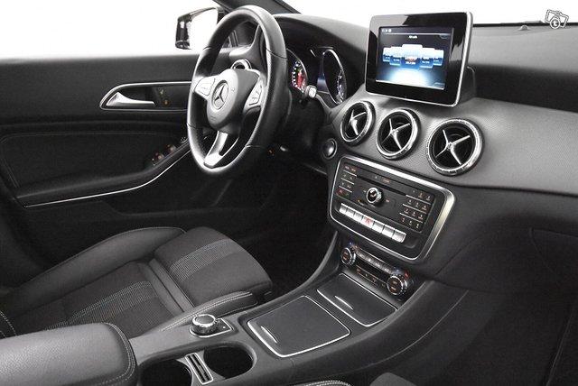 Mercedes-Benz CLA 13