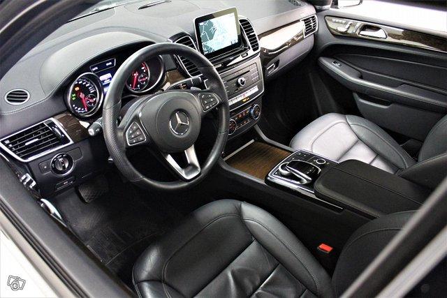 Mercedes-Benz GLS 4
