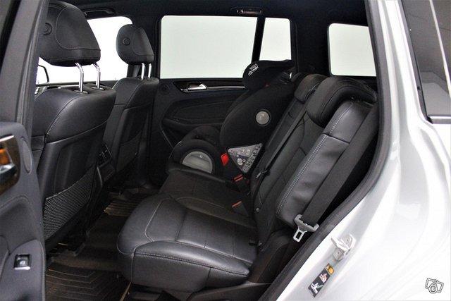 Mercedes-Benz GLS 6