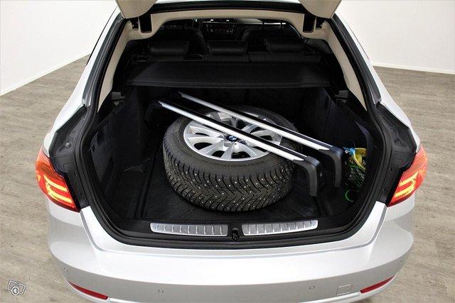BMW 318 Gran Turismo 11