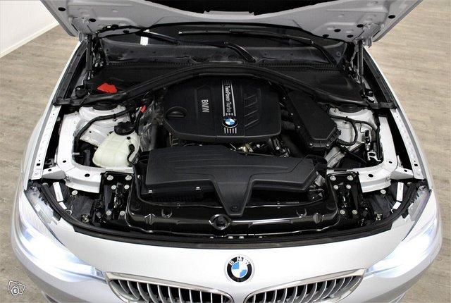 BMW 318 Gran Turismo 12
