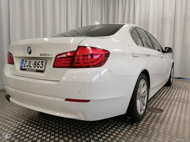 BMW 528 14