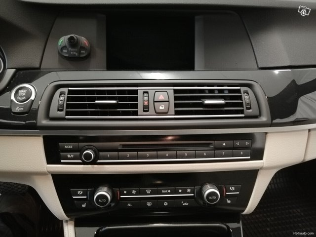 BMW 528 23