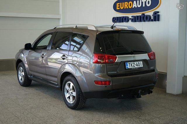 Peugeot 4007 3