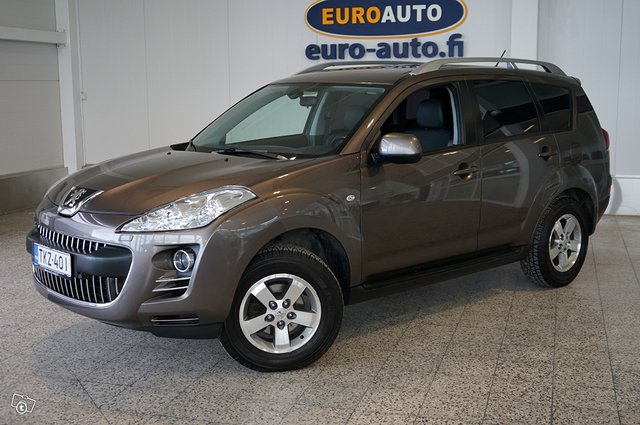 Peugeot 4007 23