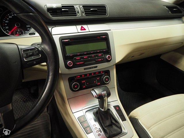 Volkswagen Passat CC 16
