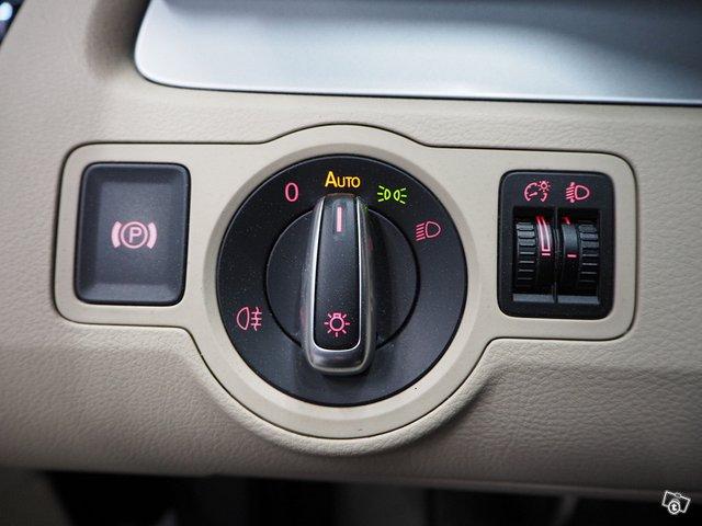 Volkswagen Passat CC 22
