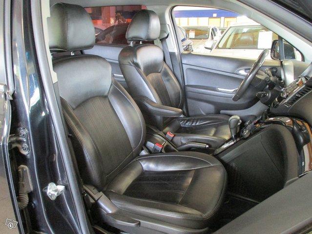 Chevrolet Orlando 10