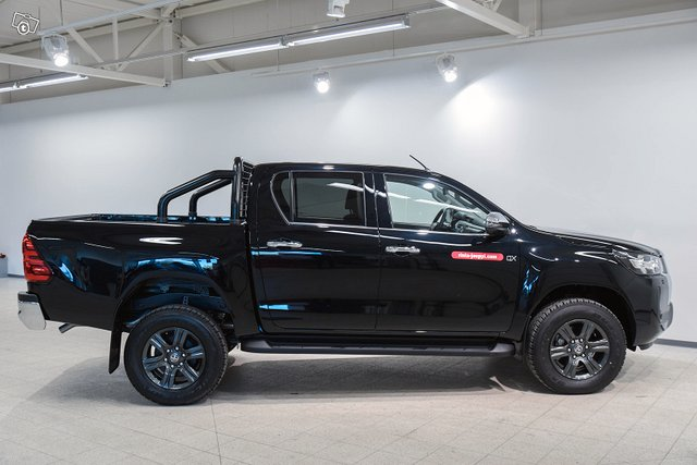 Truckmasters Hilux 4
