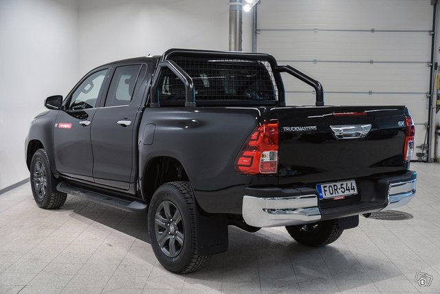 Truckmasters Hilux 7