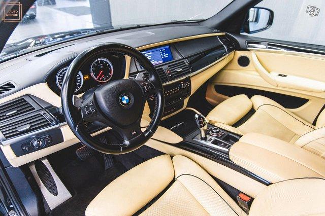 BMW X5 M 12