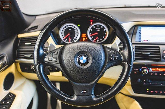 BMW X5 M 25