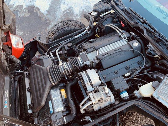Chevrolet Corvette 15
