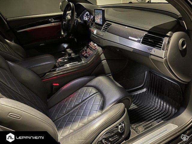 Audi S8 14