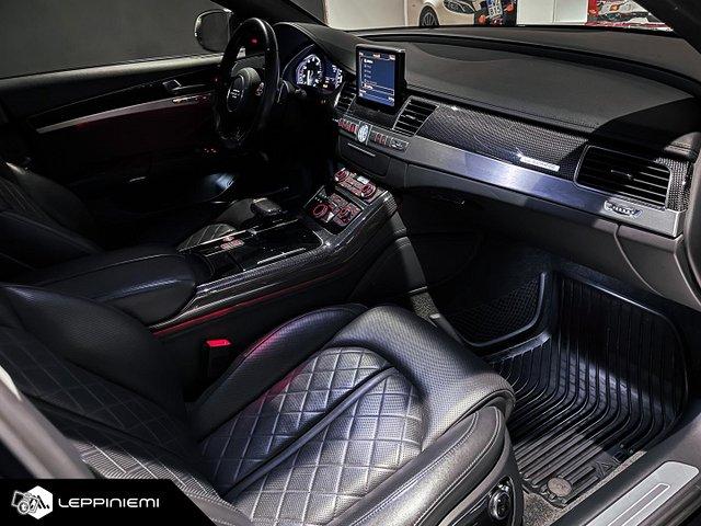 Audi S8 15