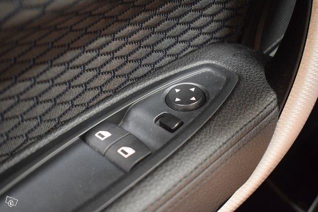 BMW 118 25