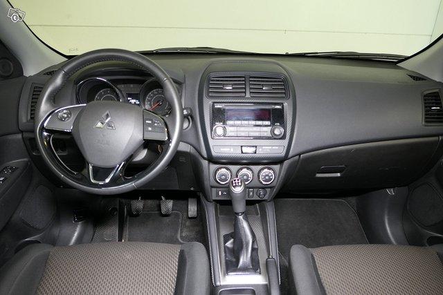 Mitsubishi ASX 11