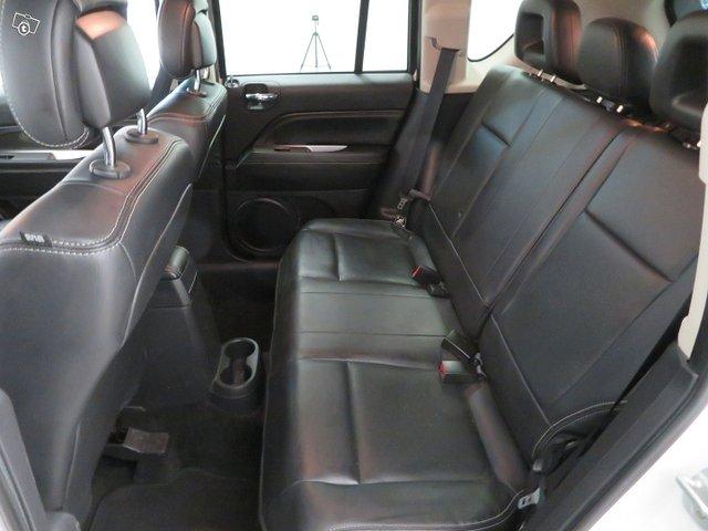 Jeep Compass 9