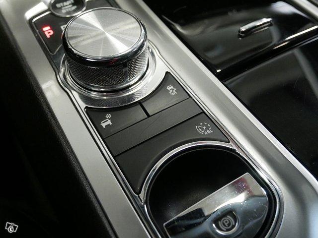 Jaguar XF 20