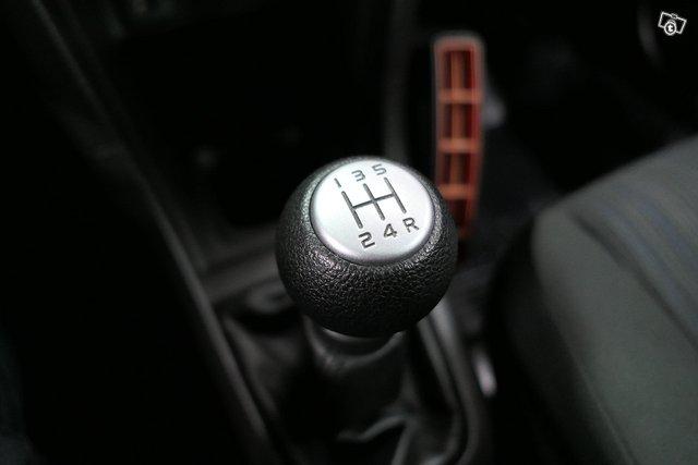Suzuki Swift 19