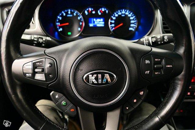 Kia Carens 10