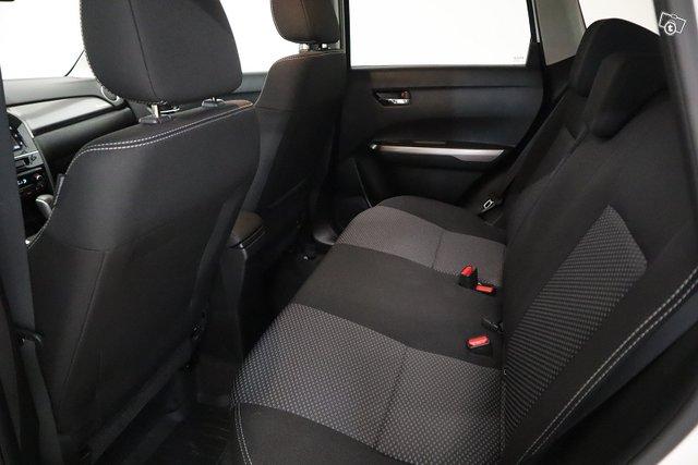 Suzuki Vitara 20