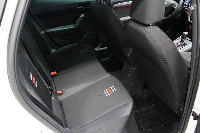 Seat Arona 18