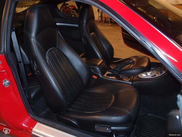Maserati Coupe 12