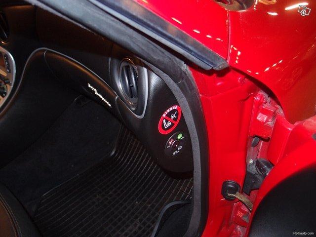 Maserati Coupe 13