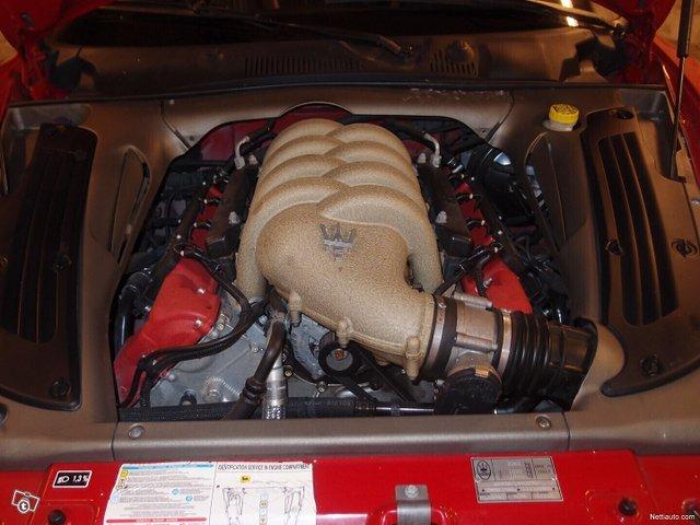 Maserati Coupe 16