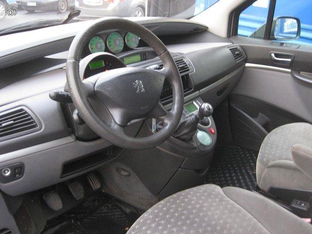 Peugeot 807 5