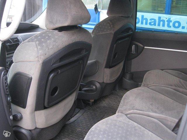 Peugeot 807 8