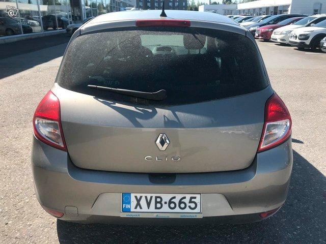 Renault Clio III 6
