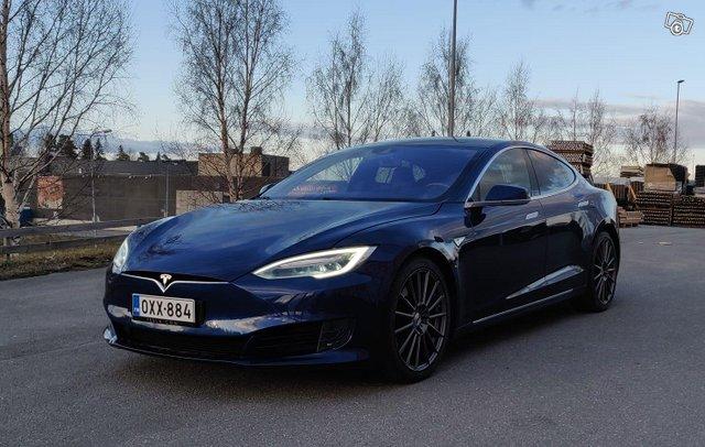 Tesla Model S 2