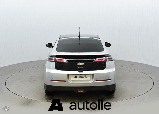 Chevrolet Volt 8