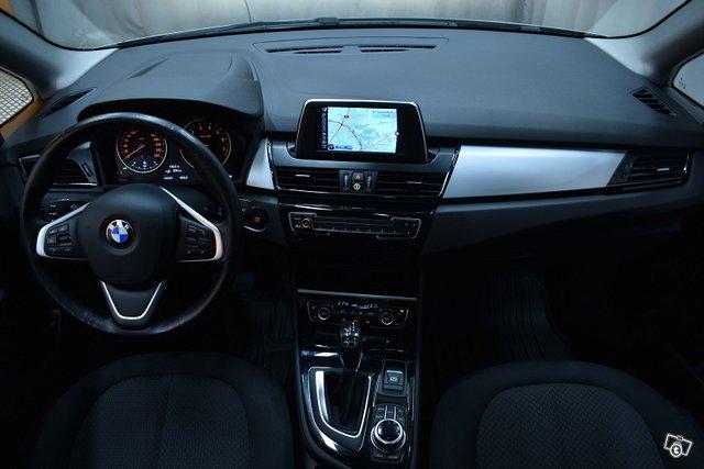 BMW 225 10