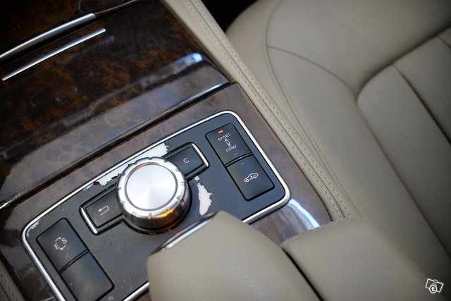 Mercedes-Benz CLS 21
