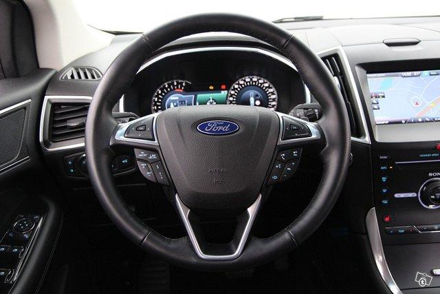 Ford EDGE 12