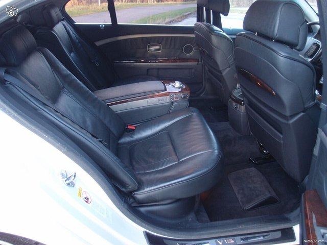 BMW 760 16