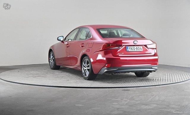Lexus IS 2
