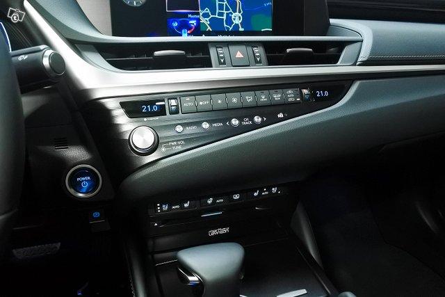 Lexus ES 13