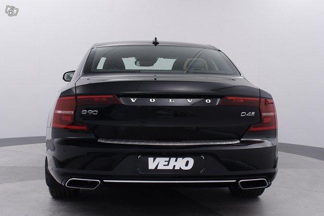 Volvo S90 5