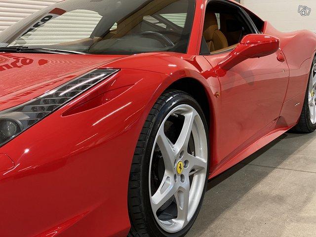 Ferrari 458 13